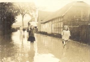 Thunder storms May 1924